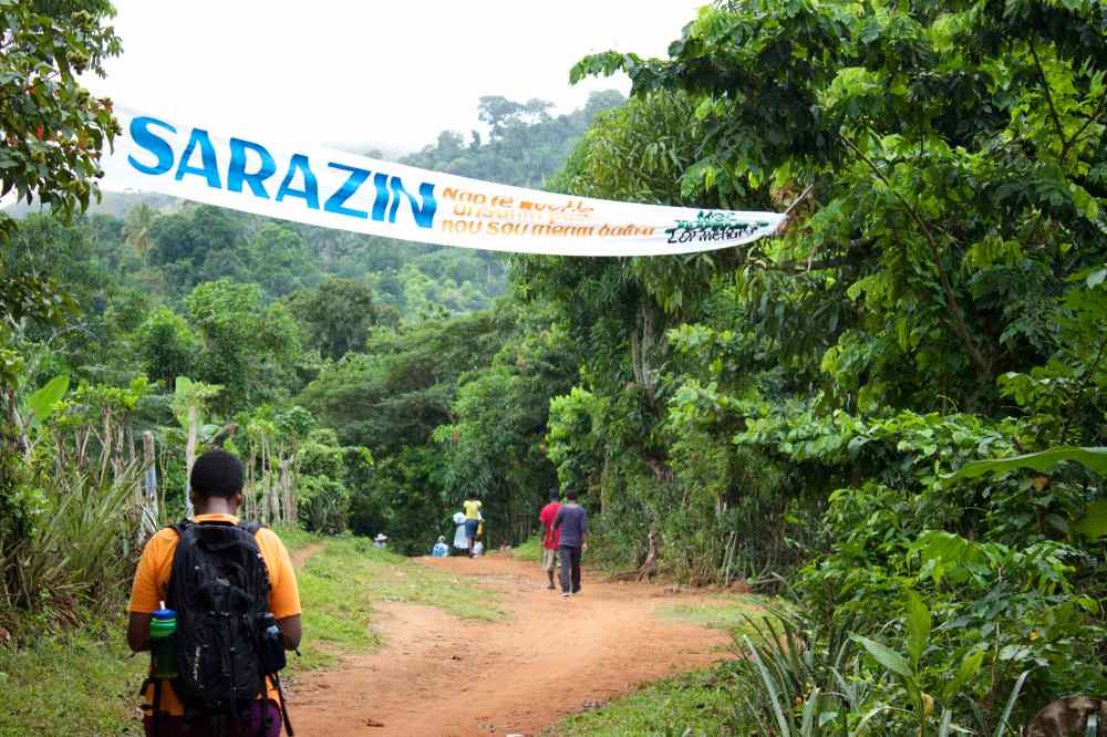 Already well into our hike, entering the town centre of Sarazin